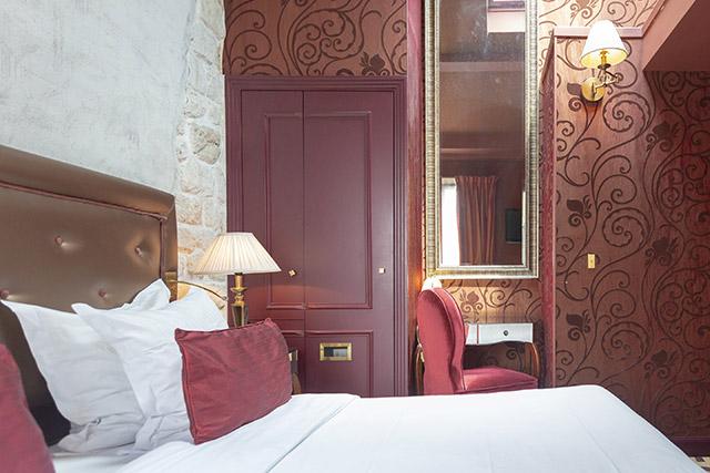 hoteldubeaumont-chambres-doublesuperieur-chambre9